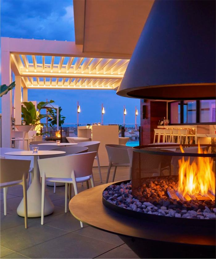 Hedy's Rooftop seating and fire pit